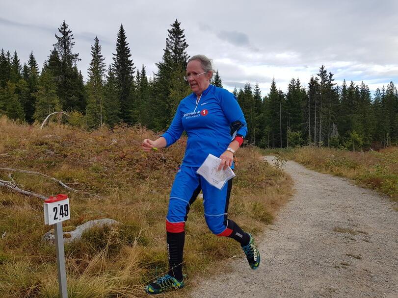 Anne Karin Westby mot mål.