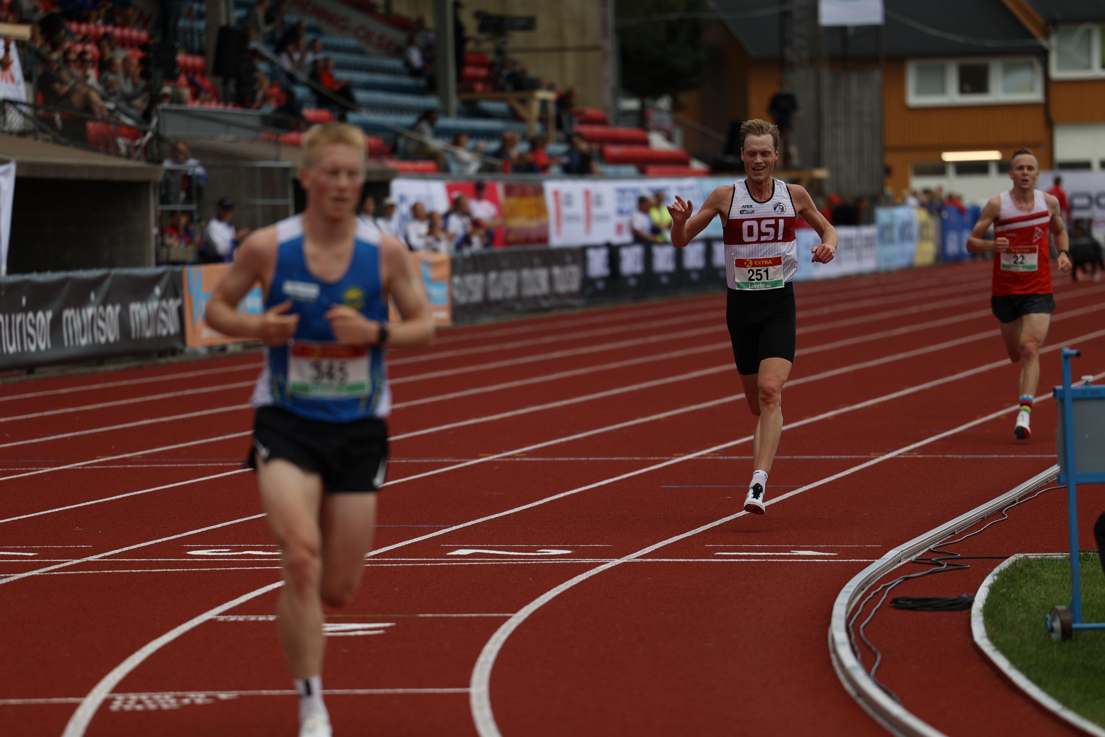 10000m-Rune-Solli-vinner-1-heat.JPG