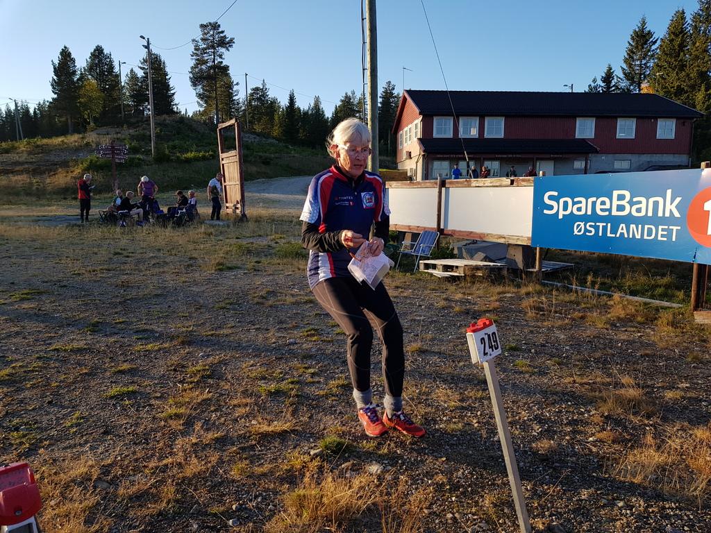 Inger K. Brøndbo mot mål.jpg