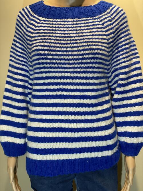 Blå og hvite striper