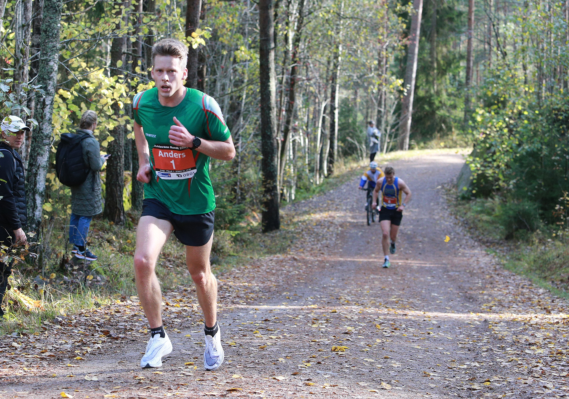 10km_8700m_Gloersen_paa_toppen_av_sprintbakken_loepet_er_avgjort_AZ3T0874.jpg